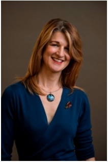 Clare Harvey author pic